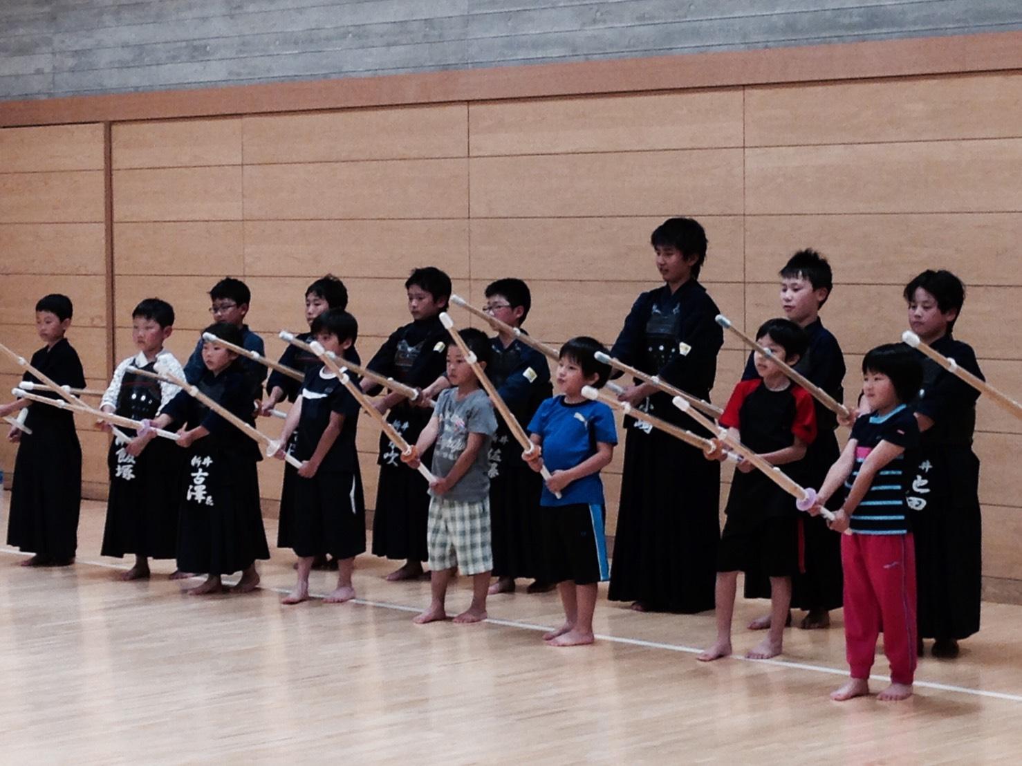 H30ジュニア剣道写真.jpg